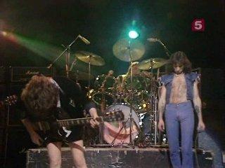 ������� ����: ����-������ � ������ �AC/DC� � �������� ���������